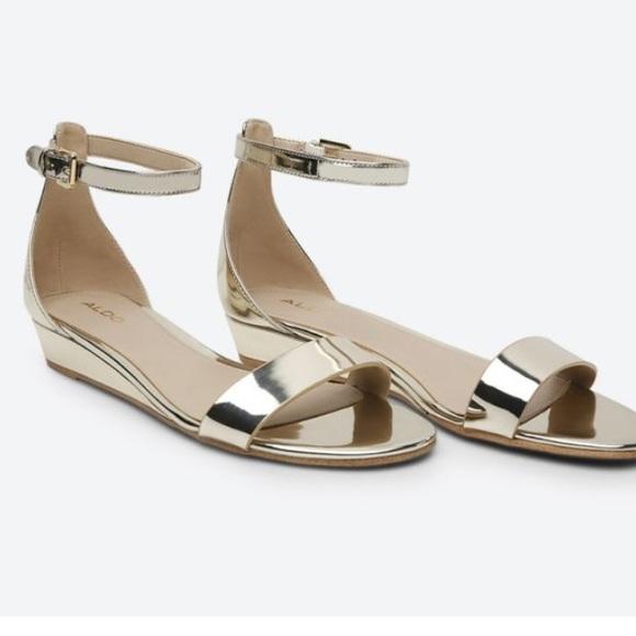 e1ceafa3cbb7 Aldo Gold Metallic Strappy Sandals Kerina. M 5a691b2284b5ce02f5e03100